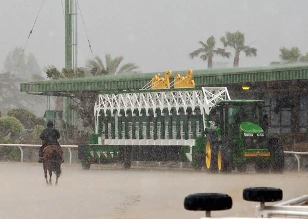 With More Rain And Storms In Forecast Santa Anita Decides